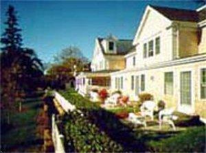 Cape Cod B&B - Chatham Wayside Inn