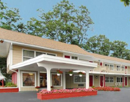 Cape Cod Hotels - Rodeway Inn Hotel Orleans Cape Cod
